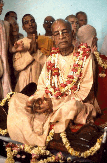 Srila Prabhupada with cartals