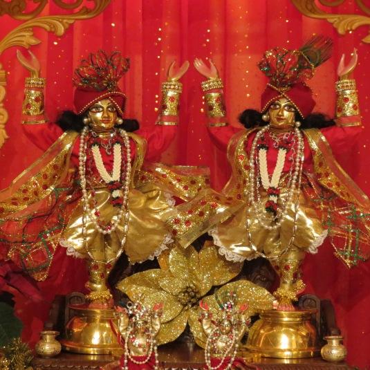 Gaur Niti 2013 200