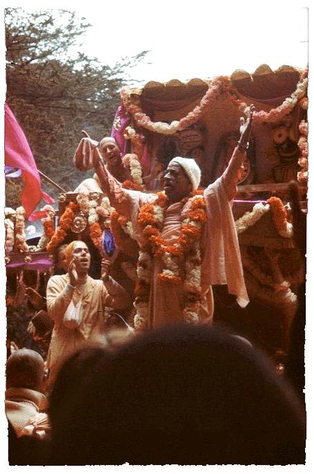Srila Prabhupada at Ratha Yatra