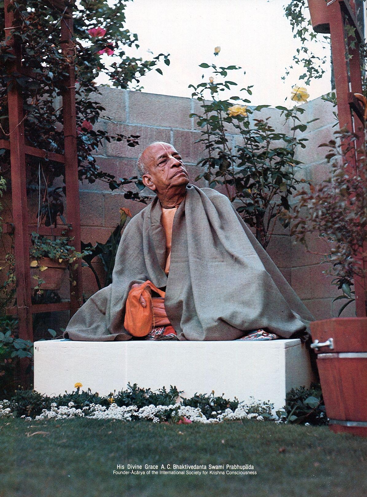 Srila Prabhupada the Prominent Link