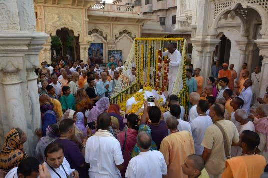 Krsna Balarama with Bramanananda Prabhu1