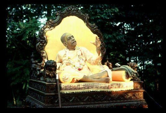 Bahulavan and Srila Prabhupada (9)
